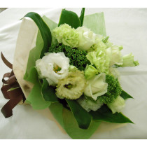 ホワイト・グリーン系花束