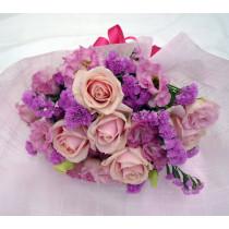 ピンク紫系の花束